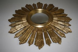 VINTAGE WOODEN FRENCH CONVEX SUNBURST MIRROR. AJY16